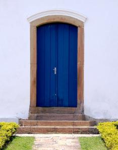 petra.flickr.blue.door